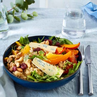 Bildmotiv für Winterliche Quinoa-Bowl mit CAMBOZOLA