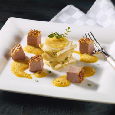 Bildmotiv für Entenbrustragout an Sellerie-Kartoffel-Gratin und CAMBOZOLA